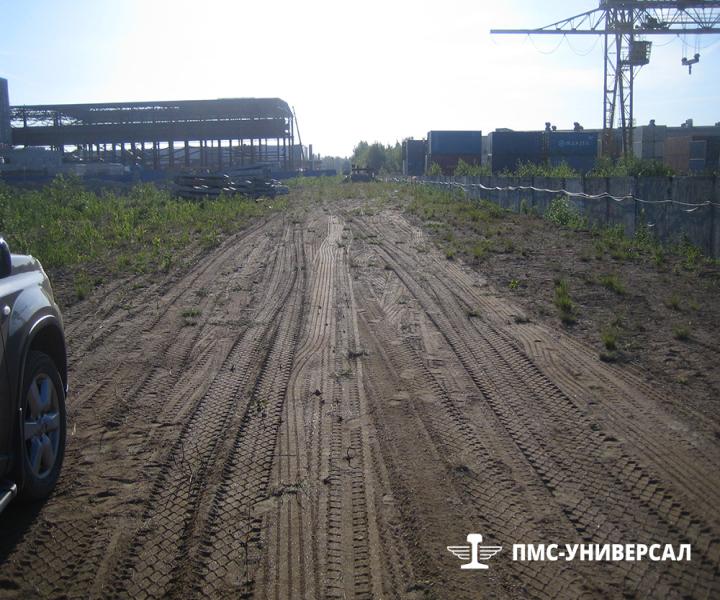 Строительство железной дороги (ось будущей трассы) ЗАО «ЮИТ Санкт-Петербург», 2014 г.