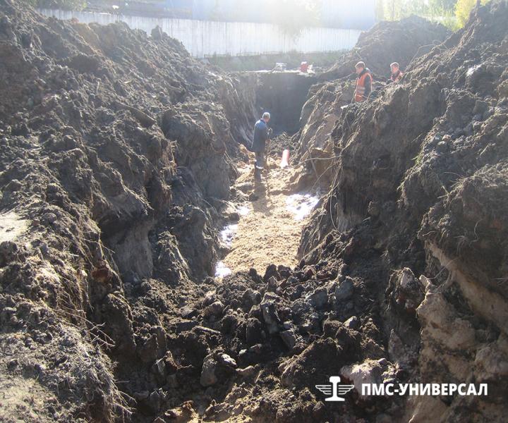 Строительство кранового пути (подготовка траншеи под устройство ливневой канализации) ООО «ГРОМ», 2013 г.